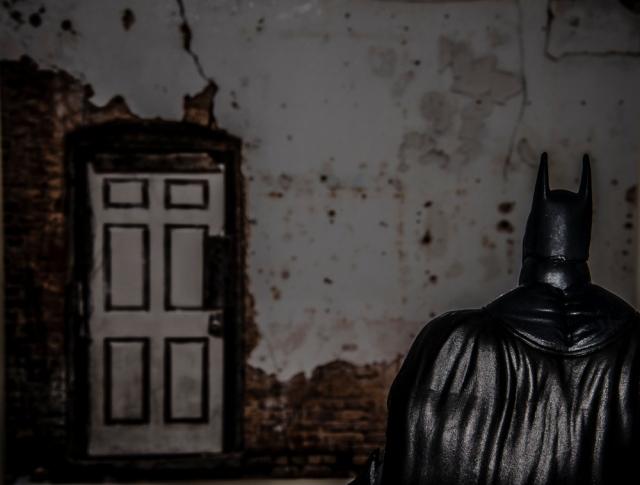 batman.door-2