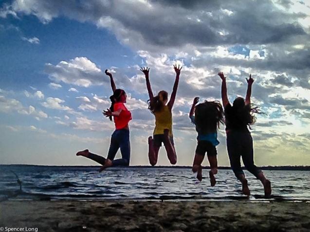 beach.jumping